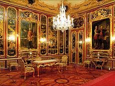 シェーンブルン宮殿の「漆の間」